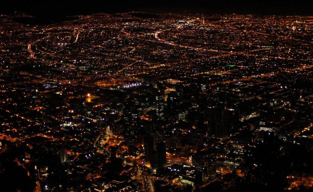 Cerro Monserrate mirador noche 2